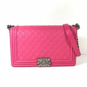 Chanel new medium boy lambskin pink